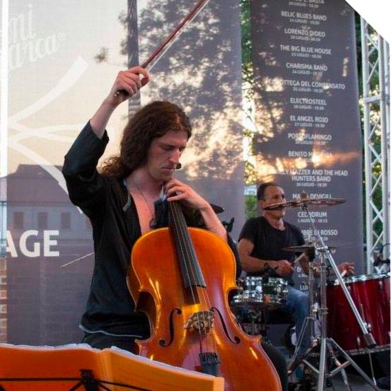 Riccardo Bortolaso  corso di violoncello e basso elettrico
